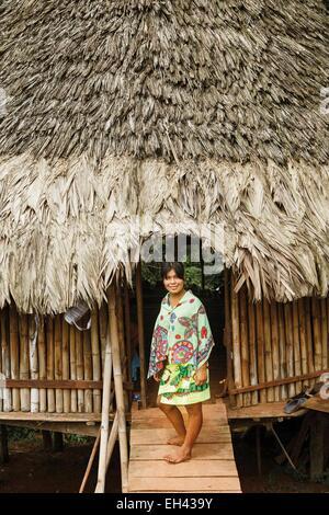 Panama, Darien Provinz Darien National Park, Weltkulturerbe der UNESCO, Embera Indianergemeinde, Portrait eines - Stockfoto