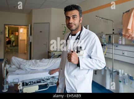 (Datei) - eine Archiv Bild datiert 25. Juni 2013 zeigt palästinensischen Arzt Haythem Masry des Klinikums in Frankfurt - Stockfoto