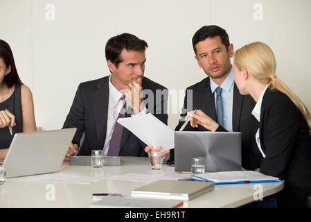 Führungskräfte im meeting - Stockfoto