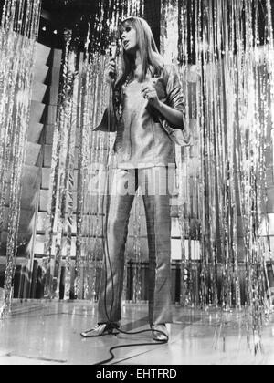 SAMANTHA JUSTE (1944-2014) TV-Moderatorin und Sängerin im Jahr 1967. Foto Tony Gale - Stockfoto