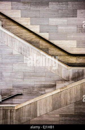 Treppen im National Museum of the American Indian in Washington, DC. - Stockfoto