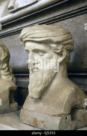 Büste des griechischen Philosophen und Mathematiker Pythagoras (570BC-495BC) von Samos in den Kapitolinischen Museen. - Stockfoto