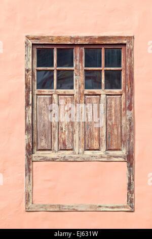 Alte historische Fenster in Stadt Garachico, Teneriffa, Kanarische Inseln, Spanien. - Stockfoto