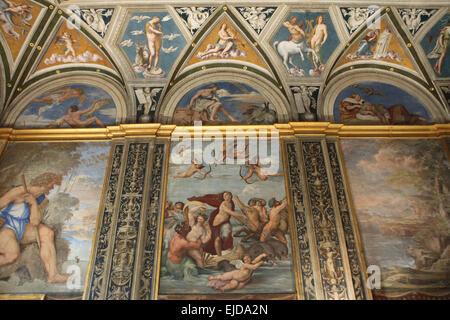 Triumph der Galatea. Fresko von Raffael in der Loggia des Galatea in der Villa Farnesina in Rom, Italien. Im freien - Stockfoto