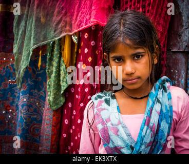 Eine junge Inderin, Leben in einem Slum in östlichen Kathmandu. - Stockfoto