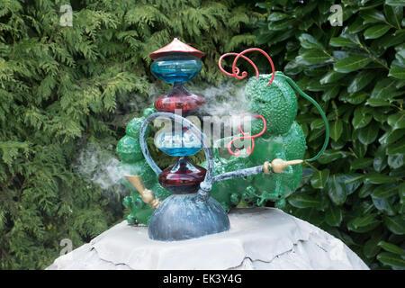 Shisha-Rauchen Raupe. - Stockfoto