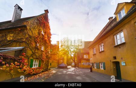 Fuggerei, Augsburg, Bayern, Deutschland - Stockfoto