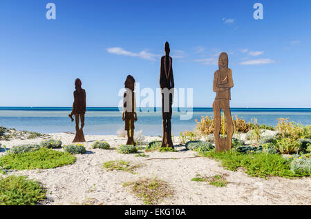 Skulptur auf den Dünen am Strand, Dunsborough Dunsborough, Western Australia - Stockfoto