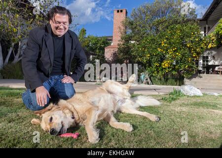 LOA ANGELES, CA-Dezember 18: Niederländischer Schriftsteller und Kolumnist Leon de Winter in West Los Angeles Kalifornien - Stockfoto