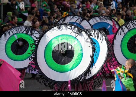 Leistung In der St. Patricks Day Parade; Dublin Irland - Stockfoto
