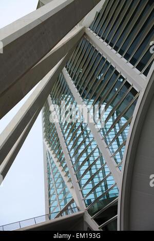 Architektonische Details des äußeren der Príncipe Felipe Wissenschaftsmuseum in Valencia, Spanien - Stockfoto