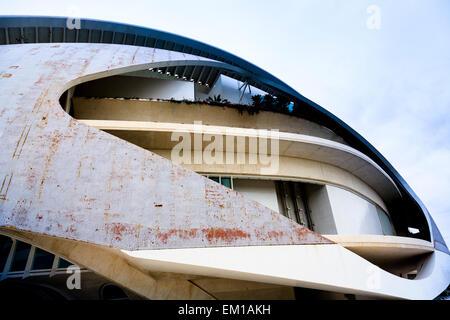 Architektonisches Detail äußere des Palau de Les Arts Reina Sofia in Valencia, Spanien - Stockfoto