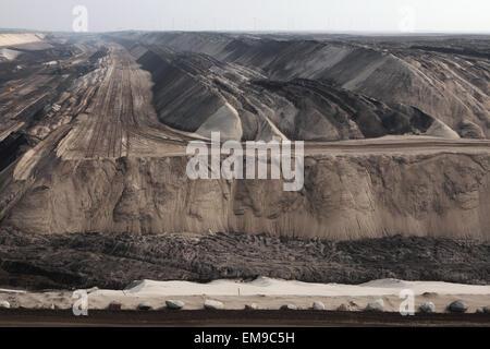 Tagebau Kohle Bergbau Cottbus-Nord in der Nähe von Cottbus, Niederlausitz, Brandenburg, Deutschland. Riesige Tagebau - Stockfoto