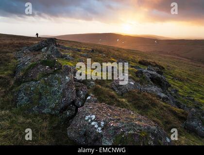 Dramatisches Licht auf den schwarzen Bergen in den Brecon Beacons. - Stockfoto
