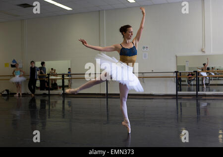 Ballett-Tänzer sind Schulungen im Kulturzentrum Banff, Kanada