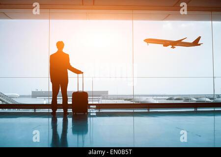 Wartezeiten am Flughafen Stockfoto