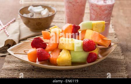 melone und ananas smoothie stockfoto bild 49140021 alamy. Black Bedroom Furniture Sets. Home Design Ideas