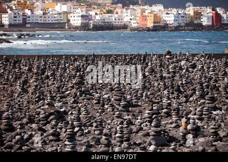 Steinskulpturen in Puerto De La Cruz, Teneriffa, Kanarische Inseln, Spanien, Europa - Stockfoto