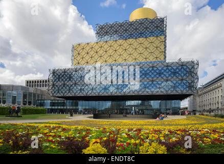 BIRMINGHAM, Vereinigtes Königreich - 3. Mai 2015. - die Bibliothek von MECANOO ARCHITECTEN, Centenary Square, Birmingham, - Stockfoto