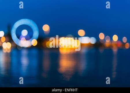 Defokussierten blau Boke Bokeh Großstadt Hintergrundeffekt. Design Hintergrund - Stockfoto