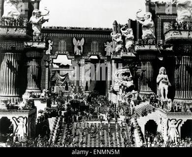 Intoleranz, USA 1916, aka: Liebe Kampf während des Alters, Regie: D. W. Griffith, Massenszene in Babylon - Stockfoto