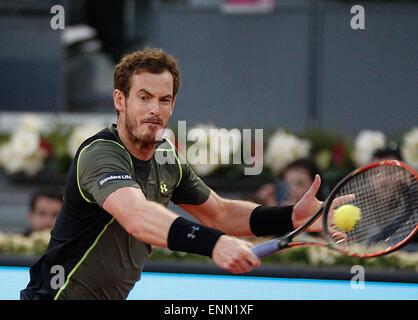 Madrid, Spanien. 8. Mai 2015. Andy Murray in Aktion gegen Milos Raonic in der Madrid Open Tennis. Bildnachweis: Jimmy Whhittee/Alamy Live-Nachrichten