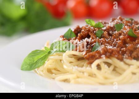 Spaghetti Bolognese Nudeln Pasta Gericht Mit Tomaten - Stockfoto