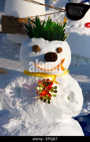 """8. Februar 2010 - BERLIN: eine """"Demonstration"""" Schneemänner gegen Politik, die nicht, globale verhindern Erwärmung, - Stockfoto"""