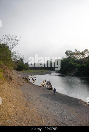 Panama, Darien Provinz Alto Playona, Río Chucunaque Ufer - Stockfoto