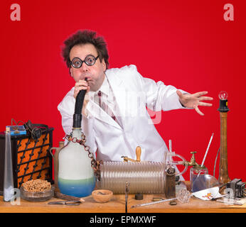 Erfinder, die Arbeit im Labor mit dem experiment - Stockfoto