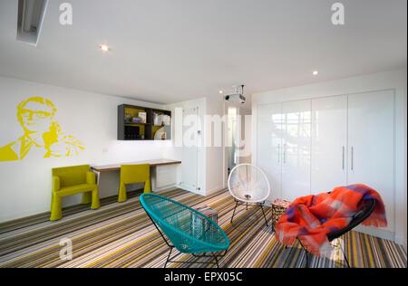 Stühle Und Wandkunst Im Wohnzimmer Interieur Burford House, Malmsbury  Straße, Weißdorn, Melbourne,