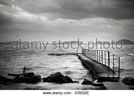 Holzweg Trog der Seen - Stockfoto