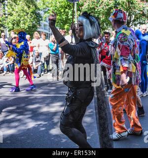 Kreuzberg, Berlin, Deutschland, 24. Mai 2015. Jedes Jahr feiert Berlin seine kulturelle Vielfalt auf dem Karneval - Stockfoto