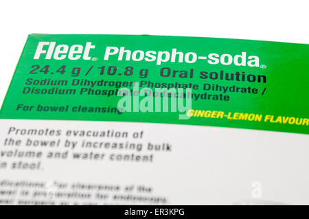 Fleet Phospho-Soda Schüssel Vorbereitung Lösung zum einnehmen, verwendet, um Darm vor Verfahren wie die Koloskopie. - Stockfoto