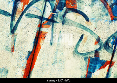 Abstrakten bunten Graffiti Fragment über alte Garage Metallwand, Vintage tonale Photo Filter-Effekt, Retro-Stil - Stockfoto