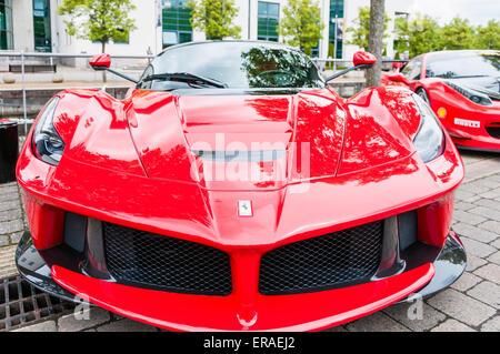 Ferrari Rot vorne Stockfoto, Bild: 53890483 - Alamy