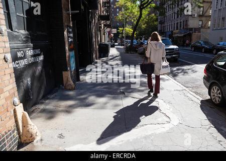 A Straßenszene in Manhattan, New York, Vereinigte Staaten von Amerika. - Stockfoto