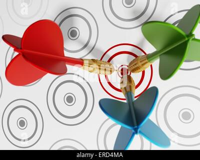 Drei darts schlagen rote Fadenkreuz zu grau. - Stockfoto