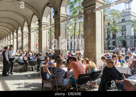 spanien barcelona das gotische viertel restaurants im freien stockfoto bild 38143186 alamy. Black Bedroom Furniture Sets. Home Design Ideas