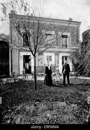 Pierre und Marie Curie mit ihrem an Irene im Garten des Hauses am Boulevard Kellerman, 1908. MC: Polen geborenen - Stockfoto