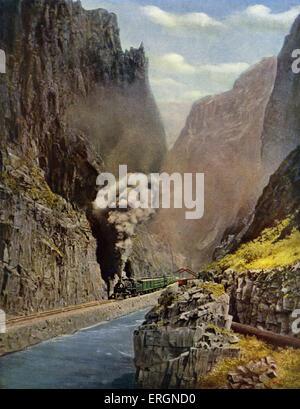 """In der Royal Gorge, grand Canyon von Arkansas, Colorado. Bildunterschrift lautet: """"die Felswände steigen bis zu - Stockfoto"""