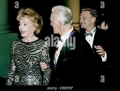Washington, DC, USA 4. Dezember 1994. Kennedy Center Honors Empfang im Weißen Haus von Präsident William Jefferson - Stockfoto