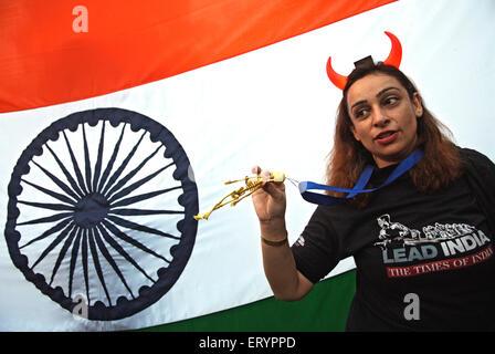 Demonstrant nach Terroranschlag von Deccan Mudschaheddin in Bombay Mumbai; Maharashtra; Indien.  3. Dezember 2008 - Stockfoto