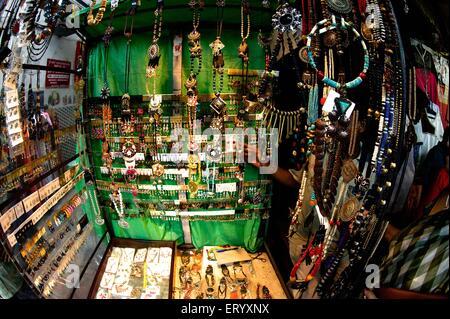Kunstschmuck Ornamente Shop, Gariahat Markt, Kalkutta, Kolkata, Westbengalen, Indien, Asien - Stockfoto
