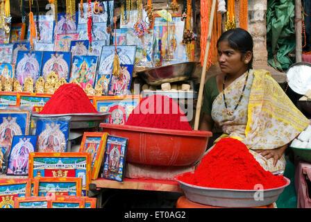 Kaufen Sie in Banashankari Hindu-Tempel, Shakambhari oder Göttin Parvathi in der Nähe von Badami gewidmet ein; Bijapur - Stockfoto