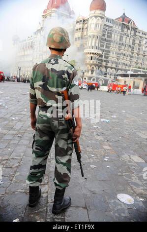 National Security Guard NSG Commando Taj Mahal Hotel; Terroranschlag von Deccan Mudschaheddin am 26. November 2008 - Stockfoto