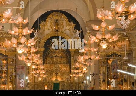 Kronleuchter Indien ~ Kronleuchter mit lichtern st alex kirche calangute goa maharashtra