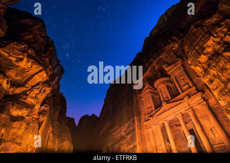 Petra bei Nacht - Stockfoto