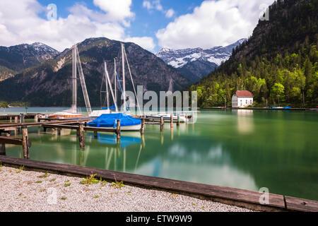 Österreich, Tirol, Ammergauer Alpen, See Plansee Ankerplatz - Stockfoto