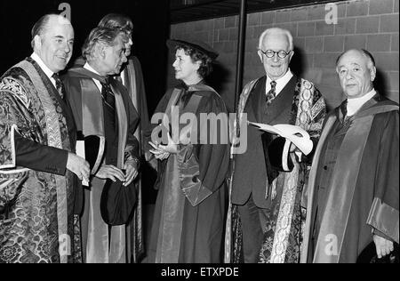 Offizielle Eröffnung des gerade fertiggestellten Warwick Arts Centre an der University of Warwick. 12. Oktober 1974. - Stockfoto